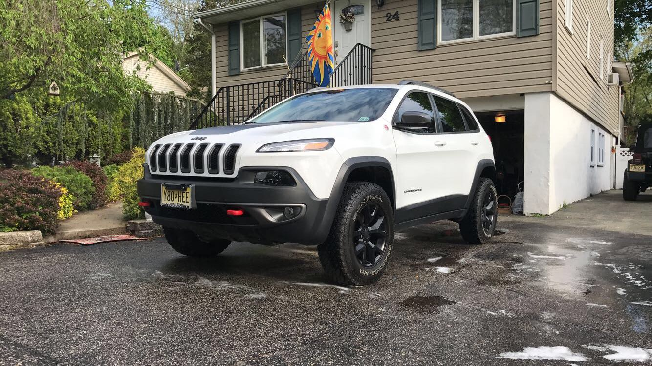 2017 Jeep Cherokee Lifted >> Mfc Off Road Lift Installed 2014 Jeep Cherokee Forums